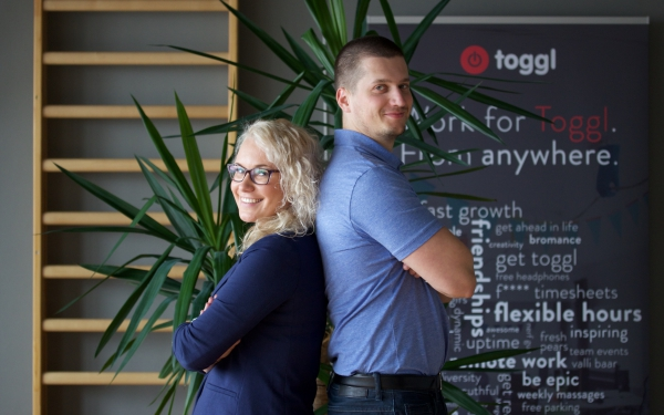 couple working together at Toggl
