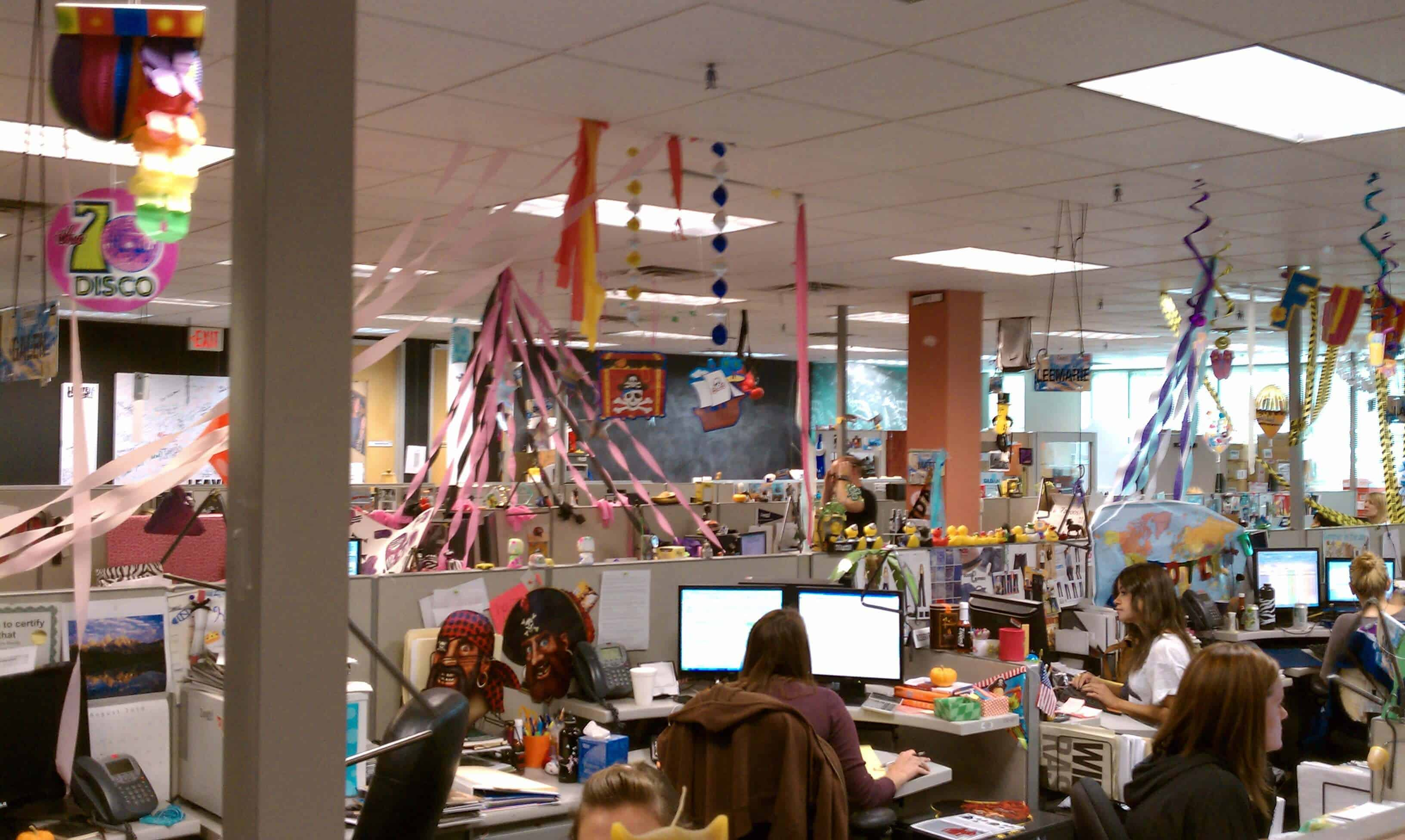 how is zappos corporate culture maintained