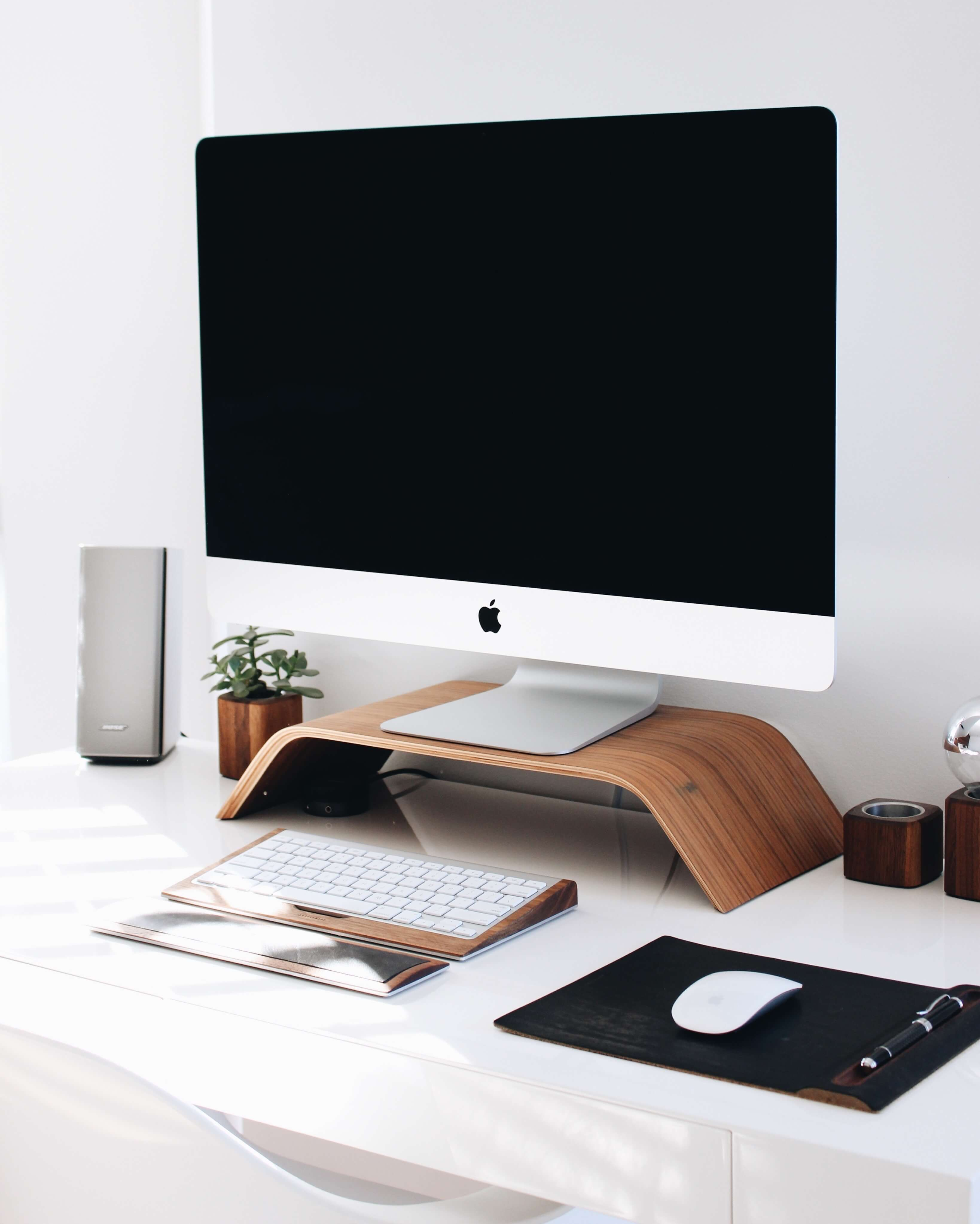 time management tip keep your desk clean
