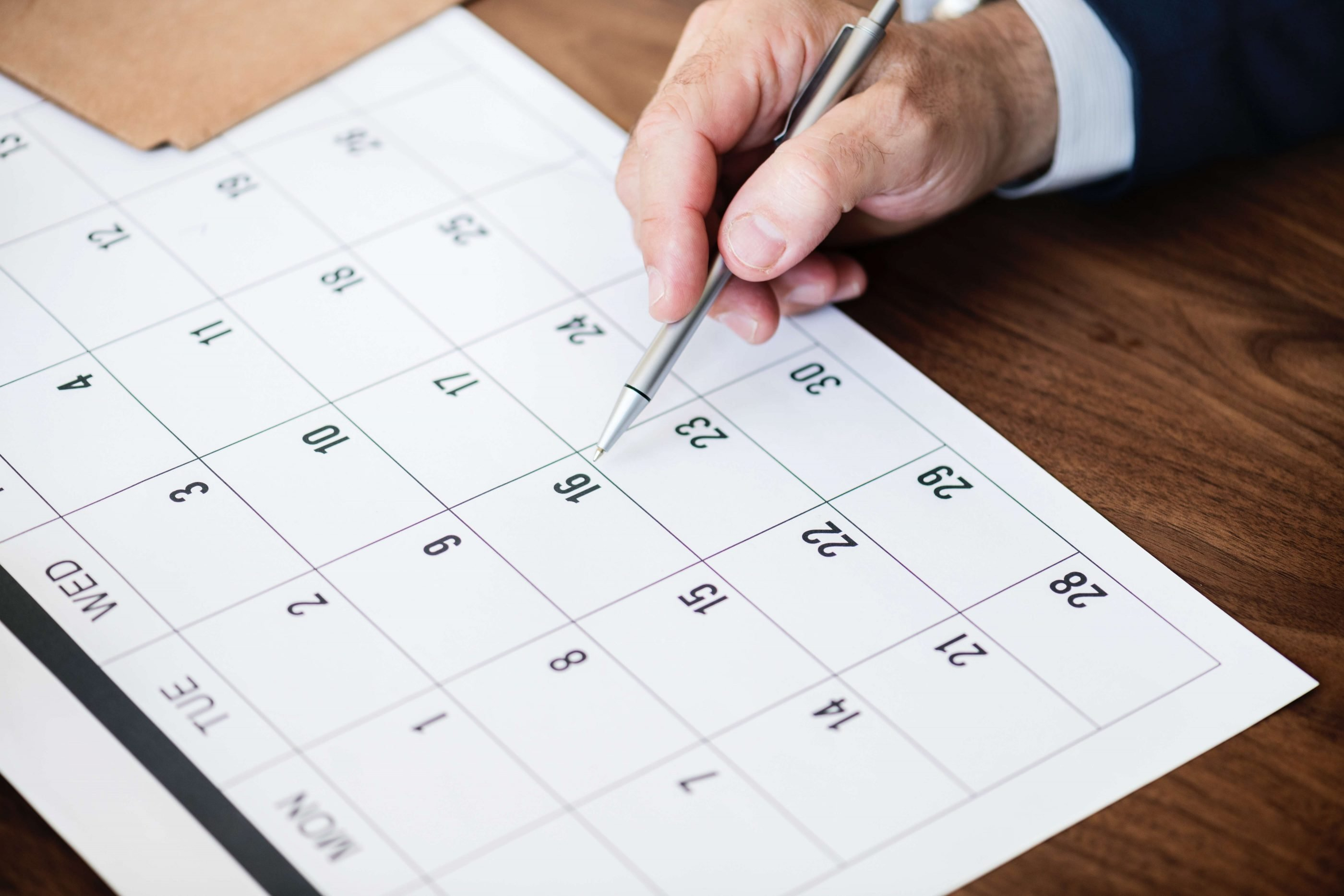Project scheduling tip: Don't procrastinate
